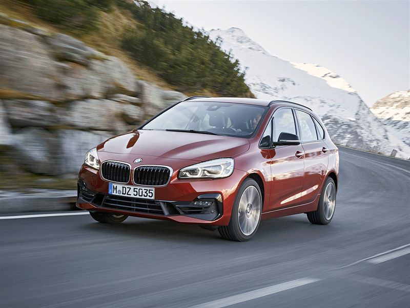 4. BMW 2-Active Tourer 218i steptronic edition 100kW automaat