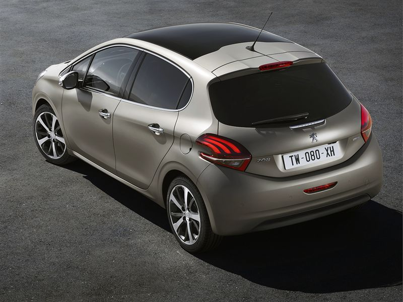 peugeot 208 blue hdi bluelease executive 74kw total car lease. Black Bedroom Furniture Sets. Home Design Ideas