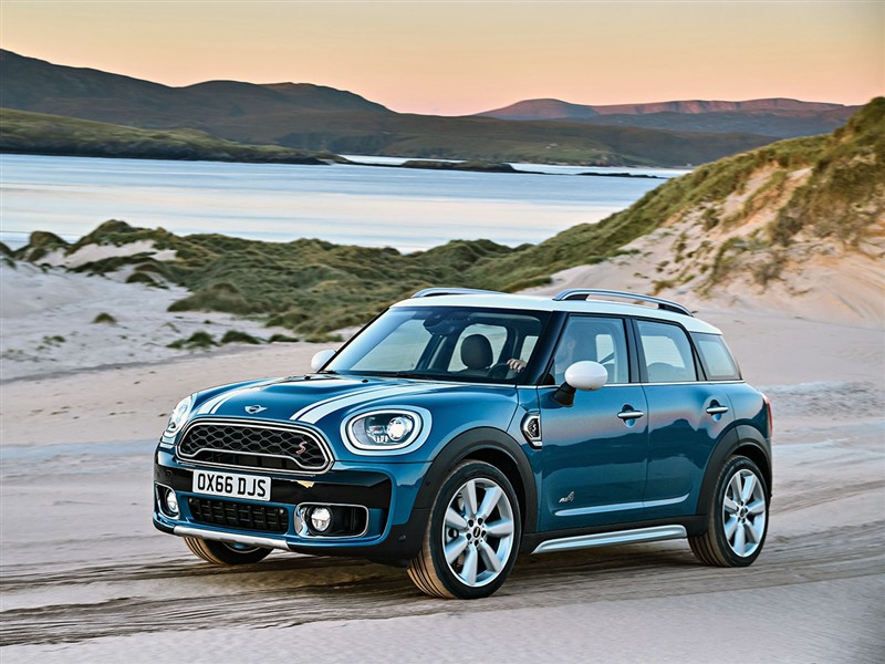 3. Mini Countryman 1.5 one 75kW automaat
